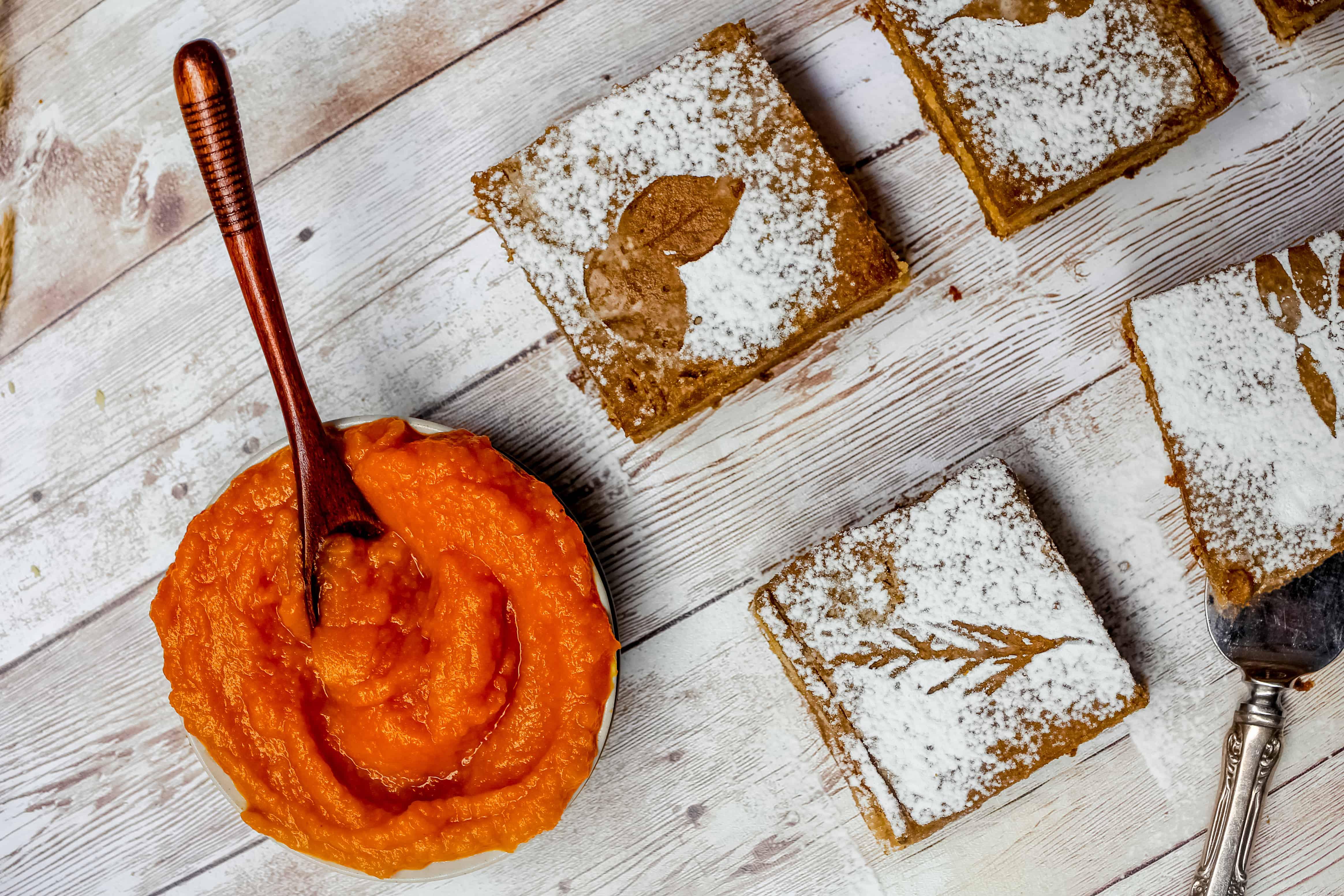 Paleo Pumpkin Pie Bars